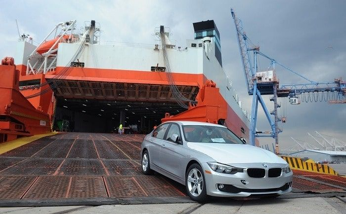 https://www.simbashipping.com/wp-content/uploads/2018/11/car-leaving-ship-e1445264073754.jpg